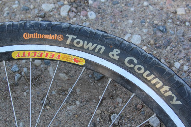 bike tire fail do not buy continental town country tires. Black Bedroom Furniture Sets. Home Design Ideas