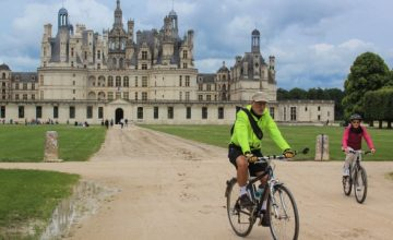 romantic bike tours for couples