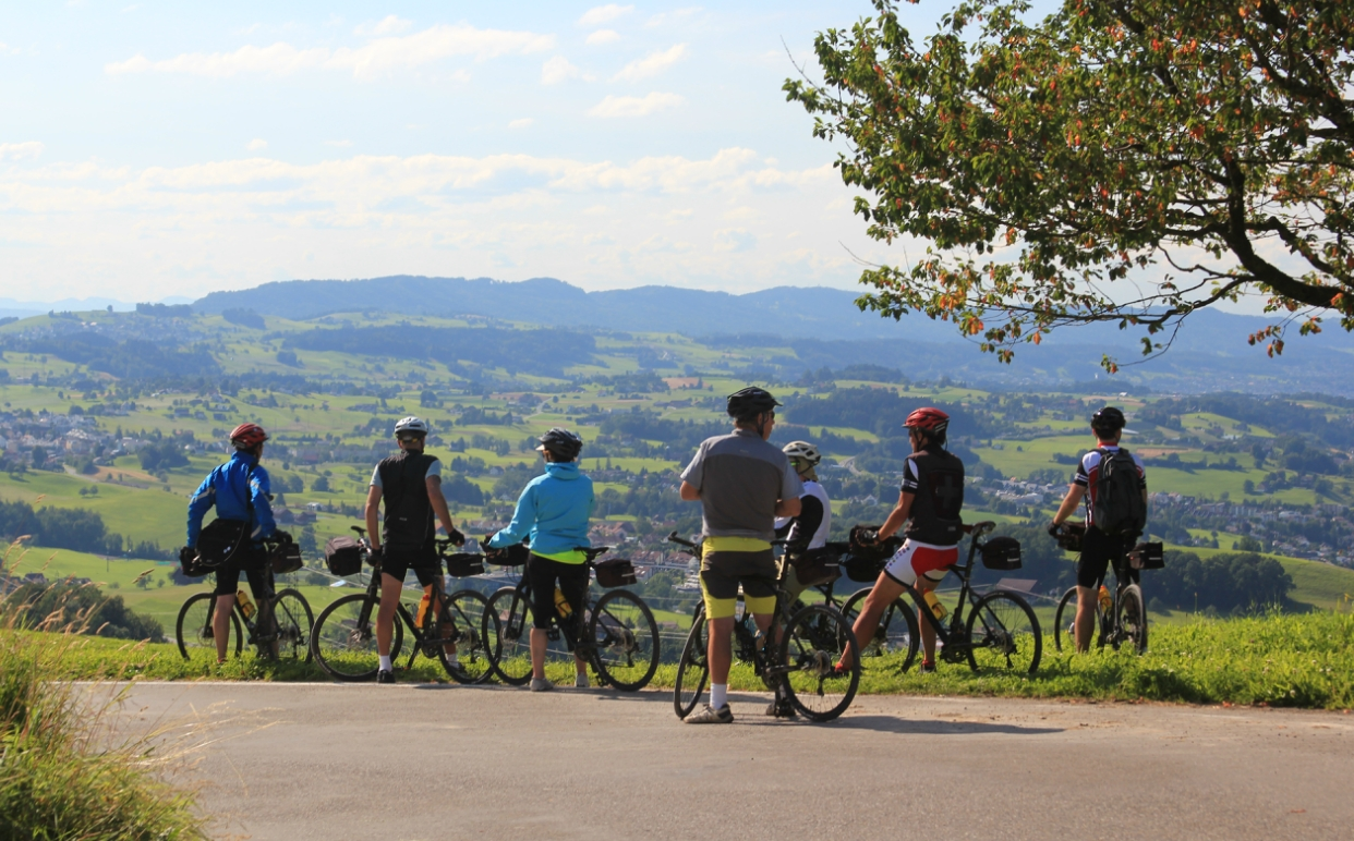 Group bike tour in Switzerland