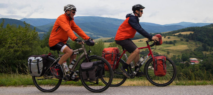 Bicycle Touring Pro - VIP Bike Tour